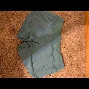 Lululemon shorts (never worn)